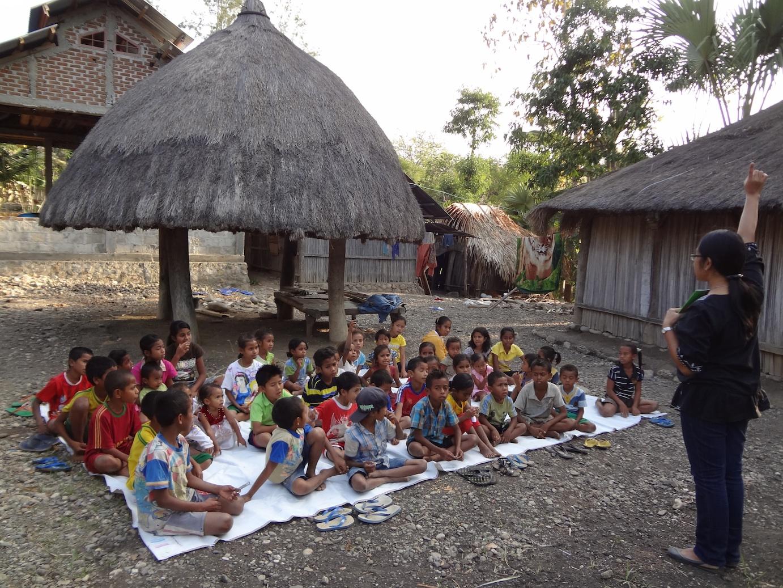 Mengejar PELANGI DI Padang Sabana Timor (Catatan kegelisahan Seorang Pencinta Gerakan Anak Membaca)