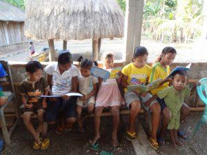 perpustakaan anak-anak Taman Bacaan Pelangi di Atambua, Timor
