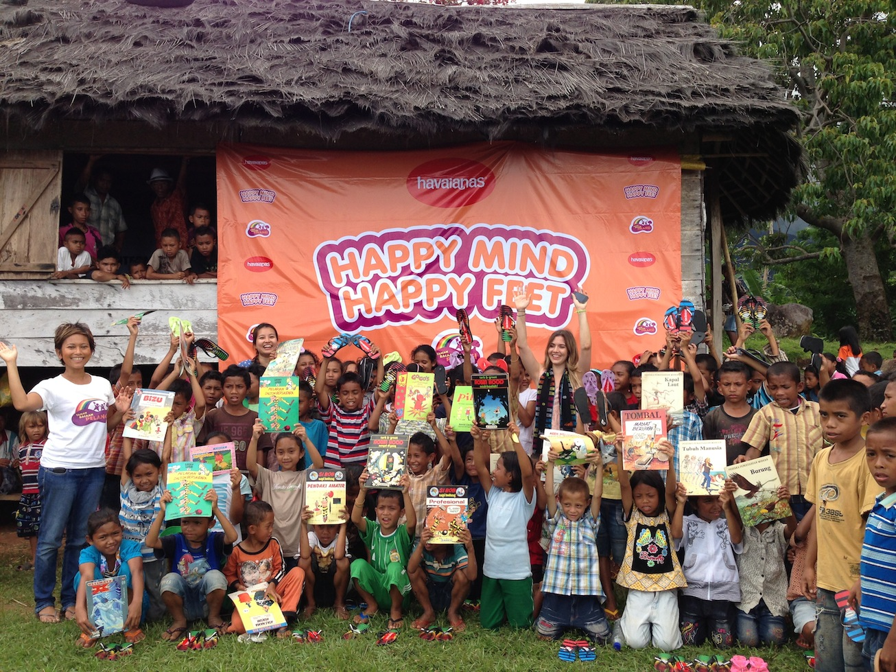 1,500 Pairs of Sandals & Hundreds of Books from Havaianas