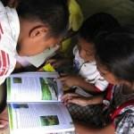 Taman Baca untuk Anak-anak Kampung Dalong