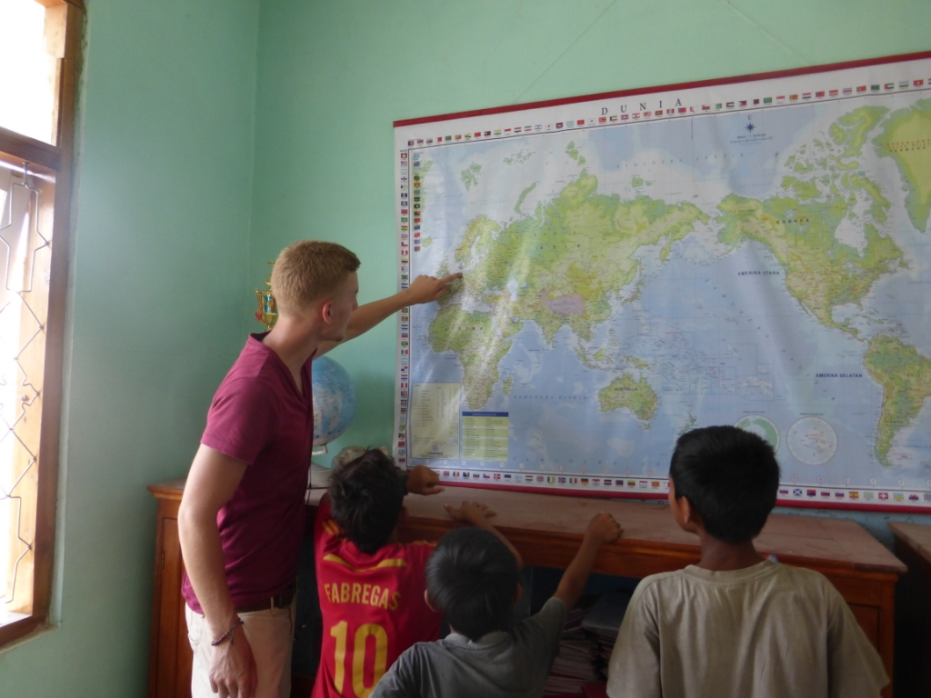 Volunteer's Diary #1 Paul–Welcome in Rinca
