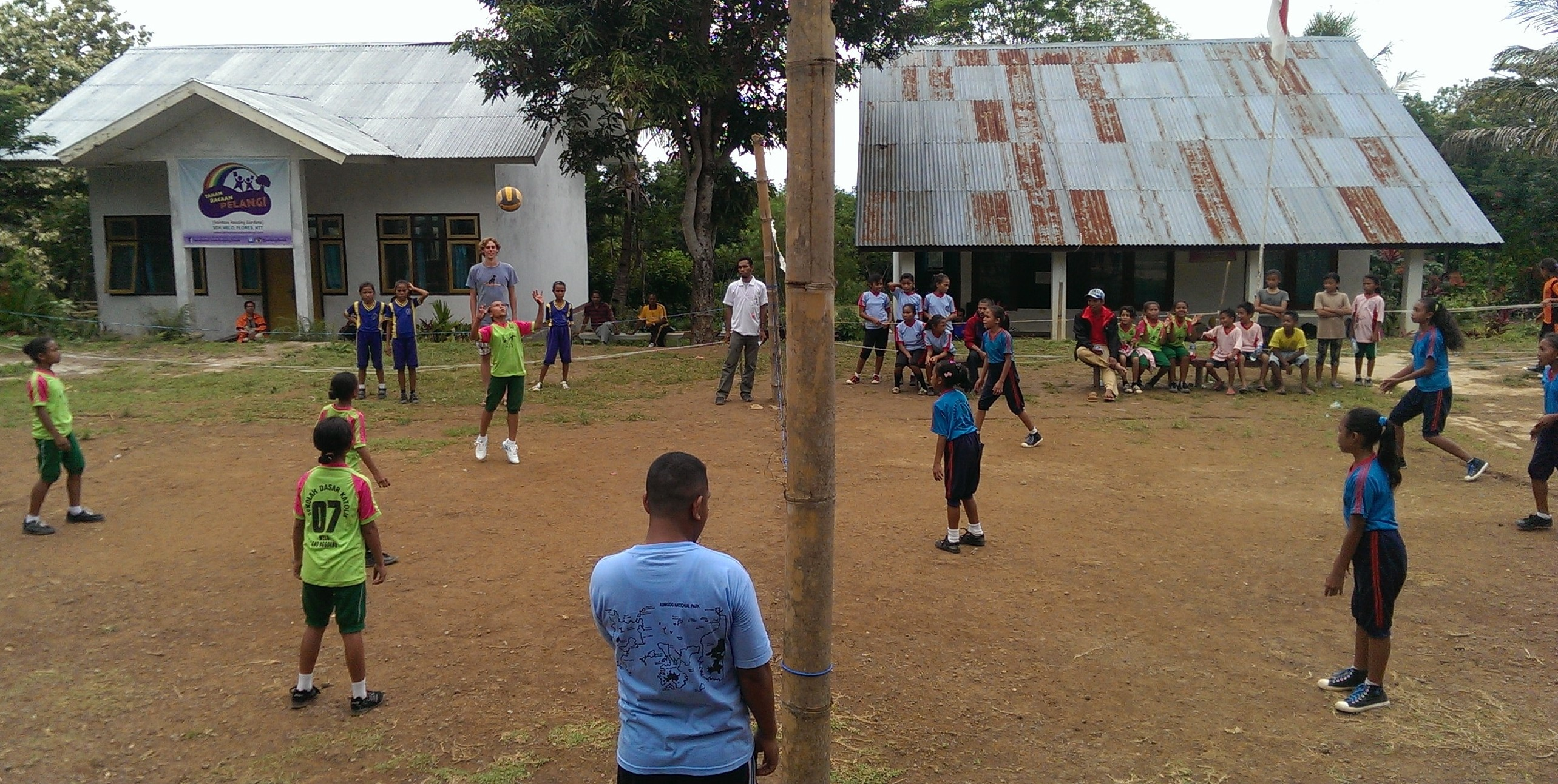 Volunteer's Diary: Our self organised, incredible and absolutely mind blowing volleyball-tournament