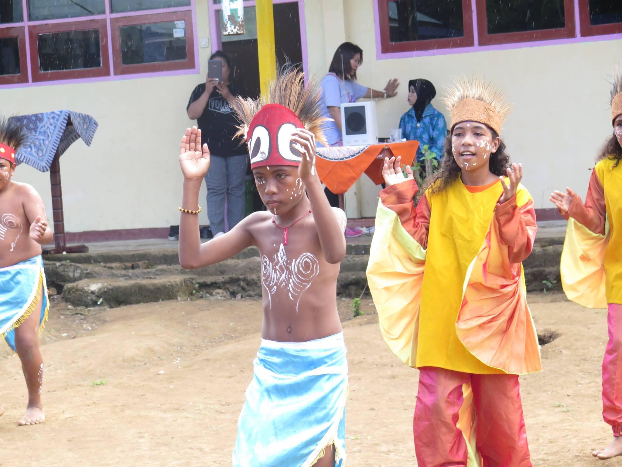 Dua Pelangi untuk Raja Ampat, Papua Barat