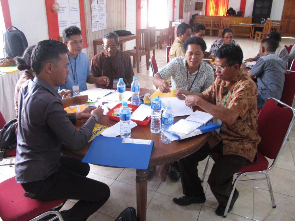 Peserta Mendiskusikan Peran & Tanggung Jawab Mereka di Sekolah(1)