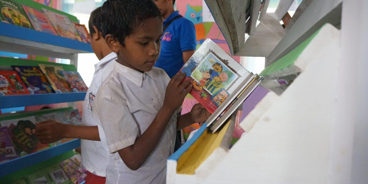 Inaugurating the 52nd Library at SDK Wae Bangka, West Manggarai, NTT