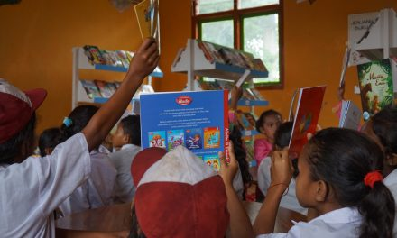 Perpustakaan TBP ke-53 di SDI Wiko, Manggarai Barat, NTT