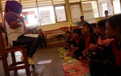SDN Pulau Komodo Embracing Child Friendly Library