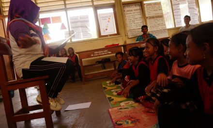 SDN Pulau Komodo Embracing Child Friendly Library