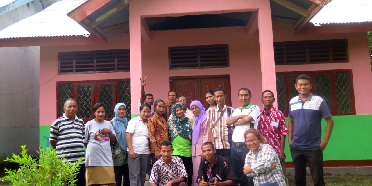 Pelatihan Pengeloaan Perpustakaan di SD Inpres Maki, Lambaleda – Manggarai Timur, Flores, NTT