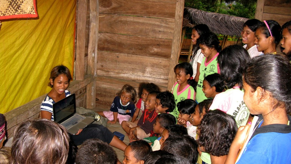 travel_sparks_indonesia_custom_itinerary_volunteer_trip_with_cause_4960px