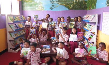 Peresmian Perpustakaan #TBPelangi ke-61 di SD Inpres 18 Kab. Sorong, Papua Barat