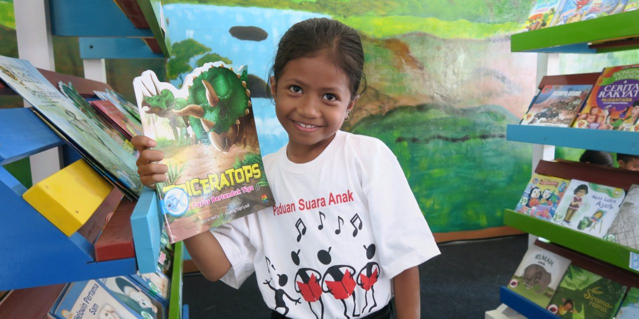 News from Sumba: Inauguration of the 83rd Taman Bacaan Pelangi Library in SDM Payeti 2