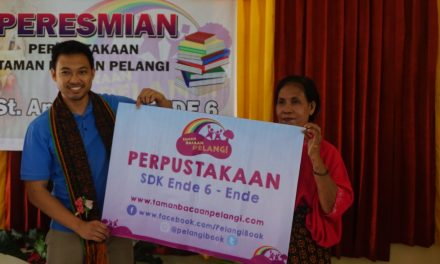 Inauguration of the 85th Taman Bacaan Pelangi Library at SDK Ende 6, Ende, Flores, NTT