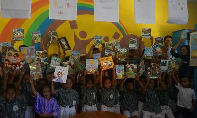 Inauguration of the 90th Rainbow Reading Gardens Library at SDI Puupau, Ende, NTT