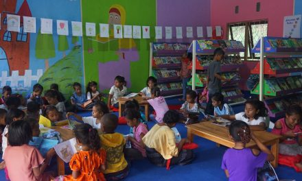 Inauguration of the 92nd Rainbow Reading Gardens Library at SDK Kombandaru, Ende, NTT