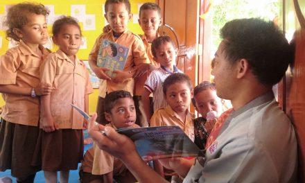 DATANG, BACA & NIKMATI CERITA. : INAGURASI DARI PERPUSTAKAAN #TBPELANGI KE-103 DI SDK DETUMBAWA, KECAMATAN ENDE TIMUR, KABUPATEN ENDE.