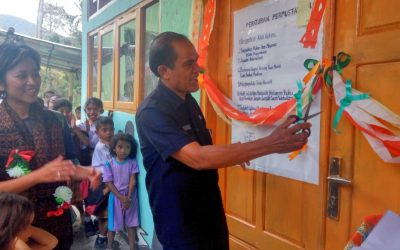 Inauguration of the 102nd Rainbow Reading Gardens Library at SD Katholik Puukou, Ende, Flores, NTT