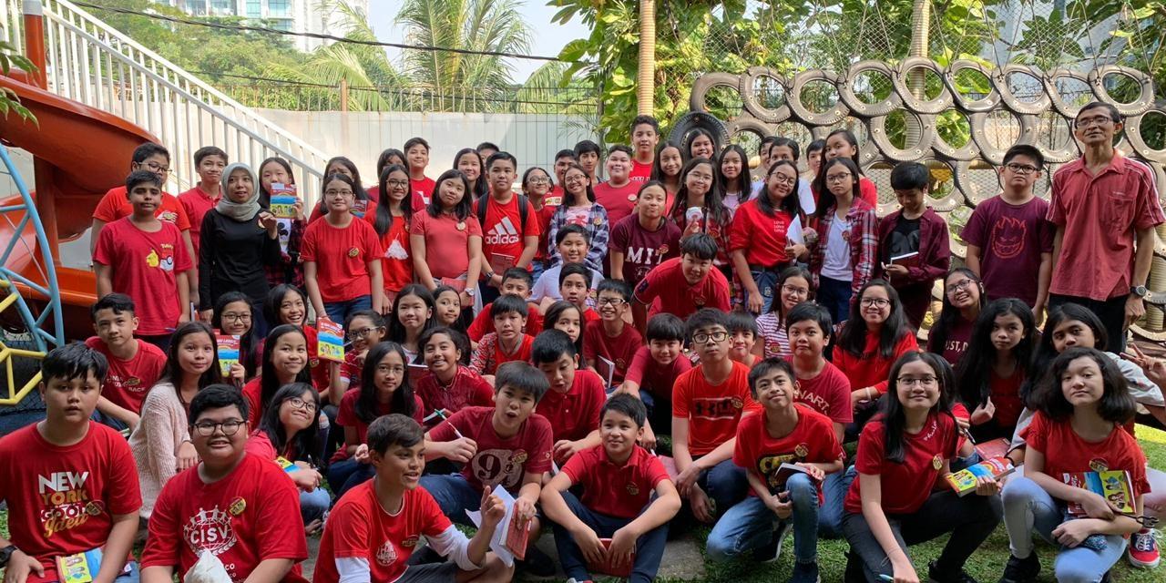 "33 Million Donation From ""Di Kaki Langit"" Book Writers"