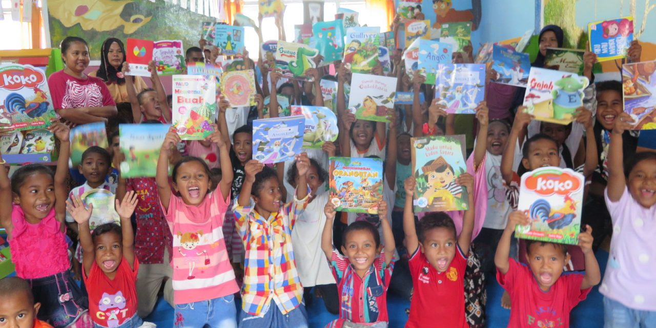 Peresmian Perpustakaan Ramah Anak Taman Bacaan Pelangi ke -123 di SDI Puukungu