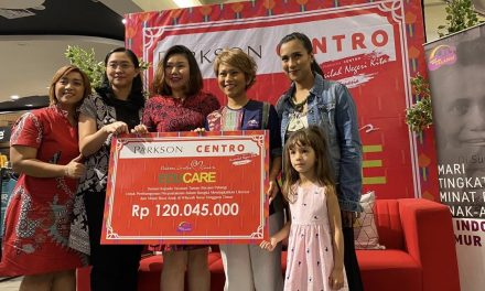 Donation from Parkson Centro for One Library in Nagekeo