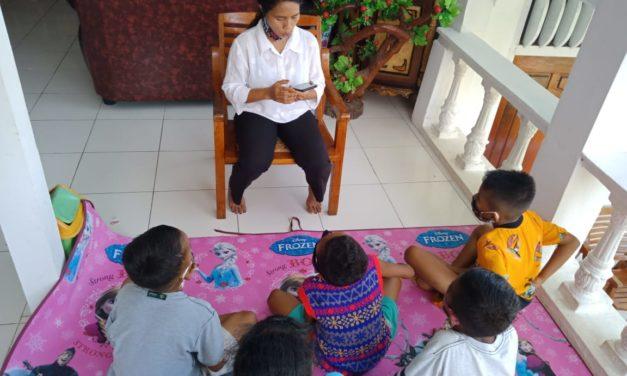 Serunya Kegiatan Membaca Bersama Ibu Bertin